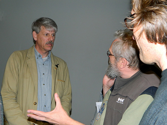 Professor Guy McPherson talks to members of the audience last night at AUT. Image: Del Abcede/PMC