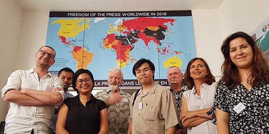 RSF's Asia-Pacific head Daniel Bastard (left) and his colleague Myriam Sni (right) with some of the Pacific and Southeast Asian press defenders. Image: RSF