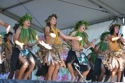 Massey High School performers at the Auckland Polyfest. Photo: Cade Tariau
