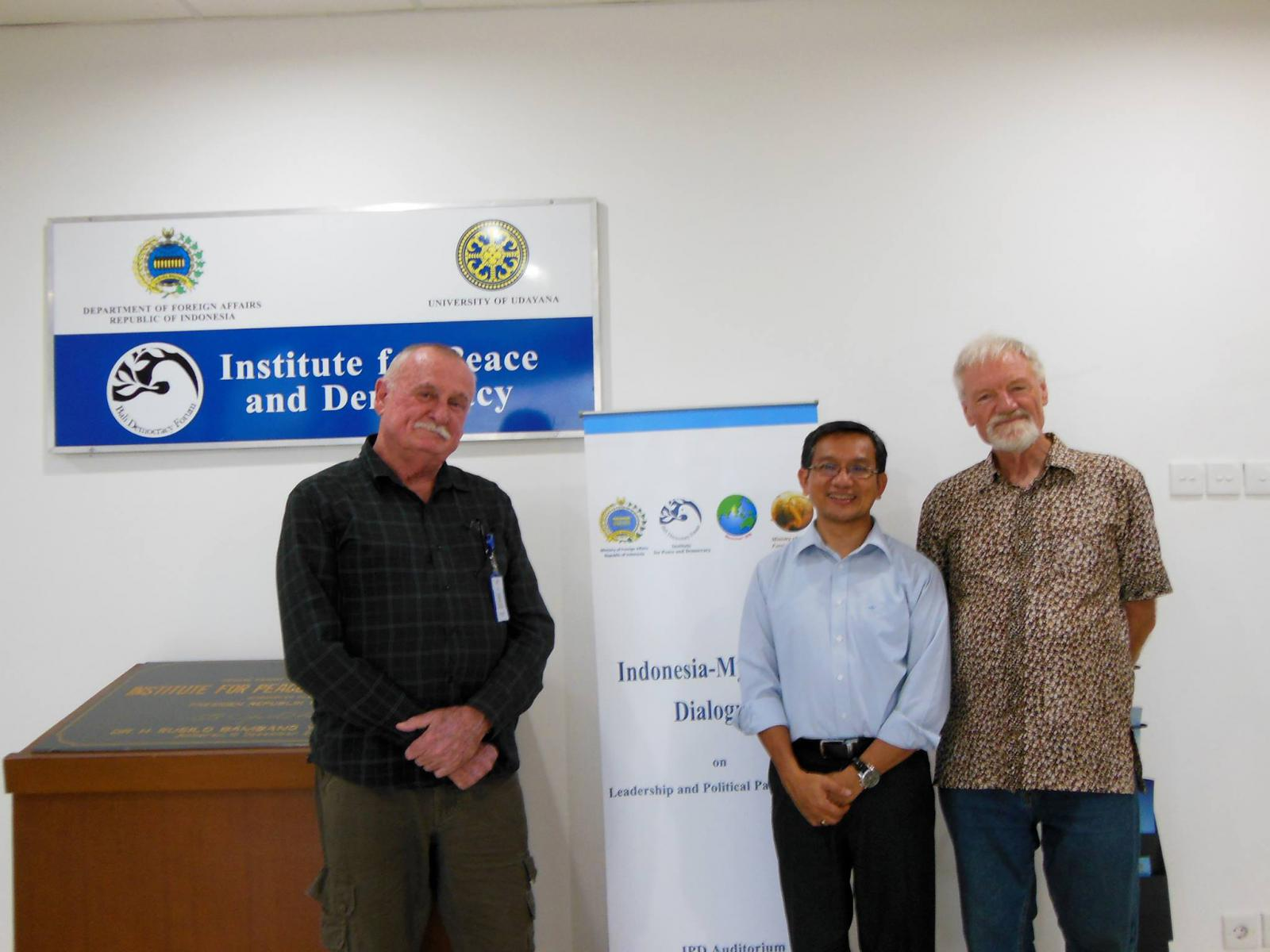 Bali's Centre for Peace and Democracy communications fellow Bob Howarth (left) and Dr Ketut Erawan with PMC's Dr David Robie.