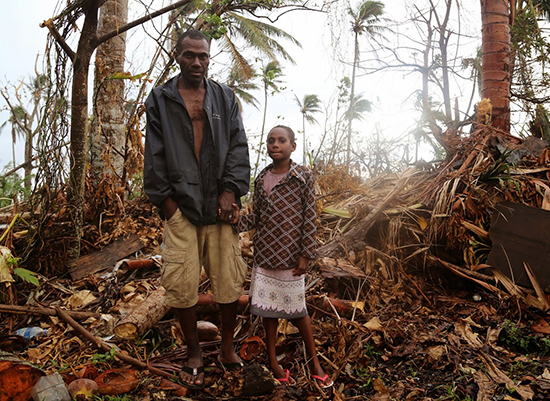 Edward Bani and his 10-year-old daughter Joana. Image: UNICEF Pacific